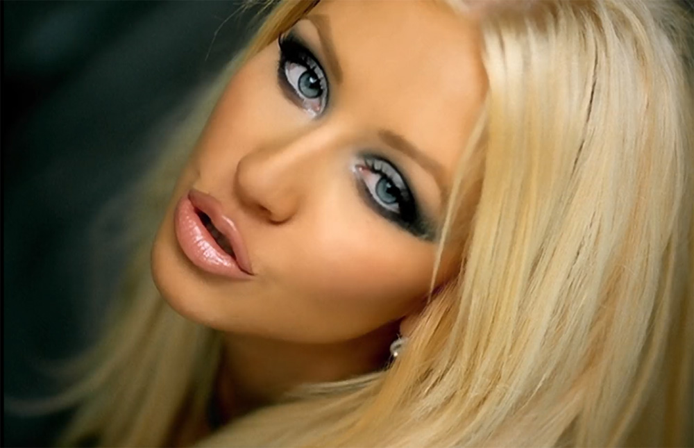 christina aguilera music video