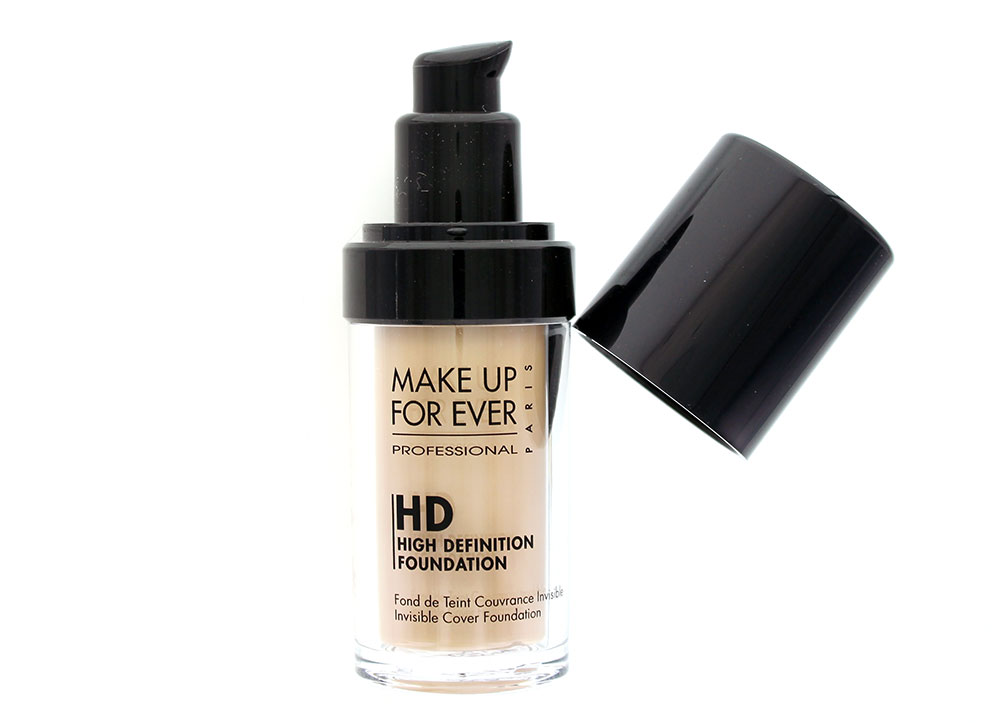 make-up-for-ever-hd-invisible-cover-foundation-120-soft-sand-review