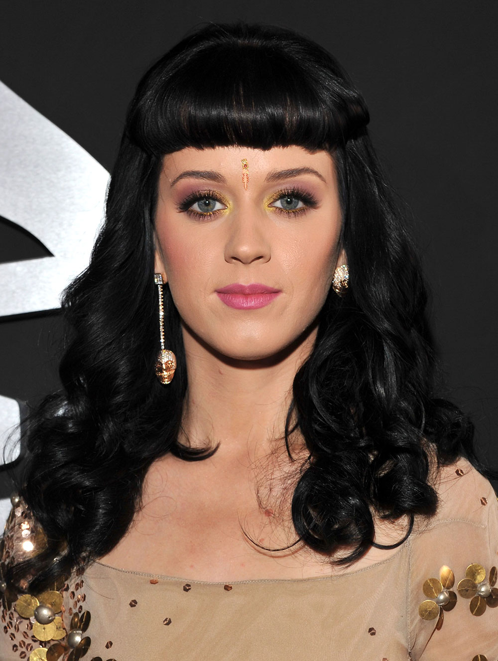Katy Perry makeup at 2010 Grammys