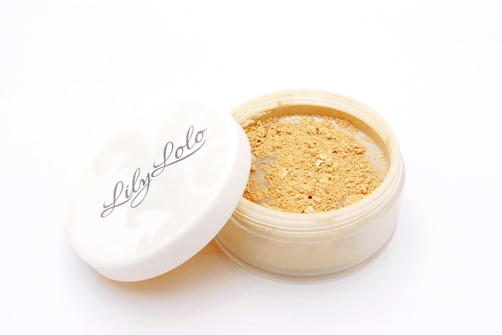 lily-lolo-mineral-foundation-review