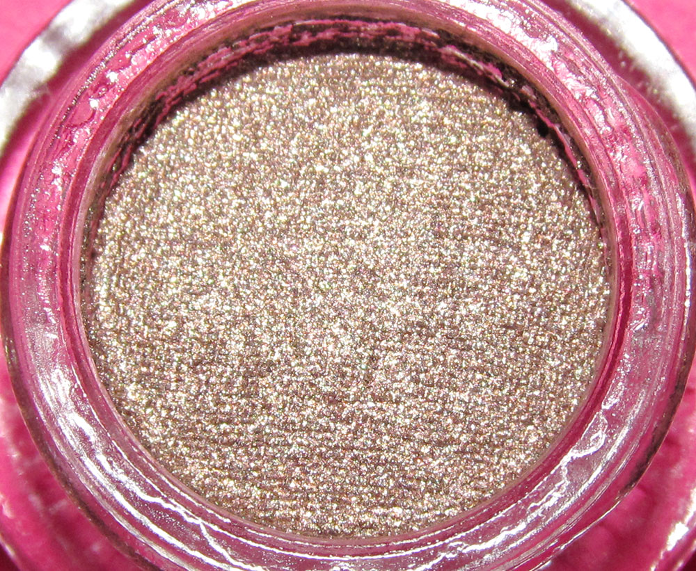 Buxom Stay-There Eyeshadow in Mutt
