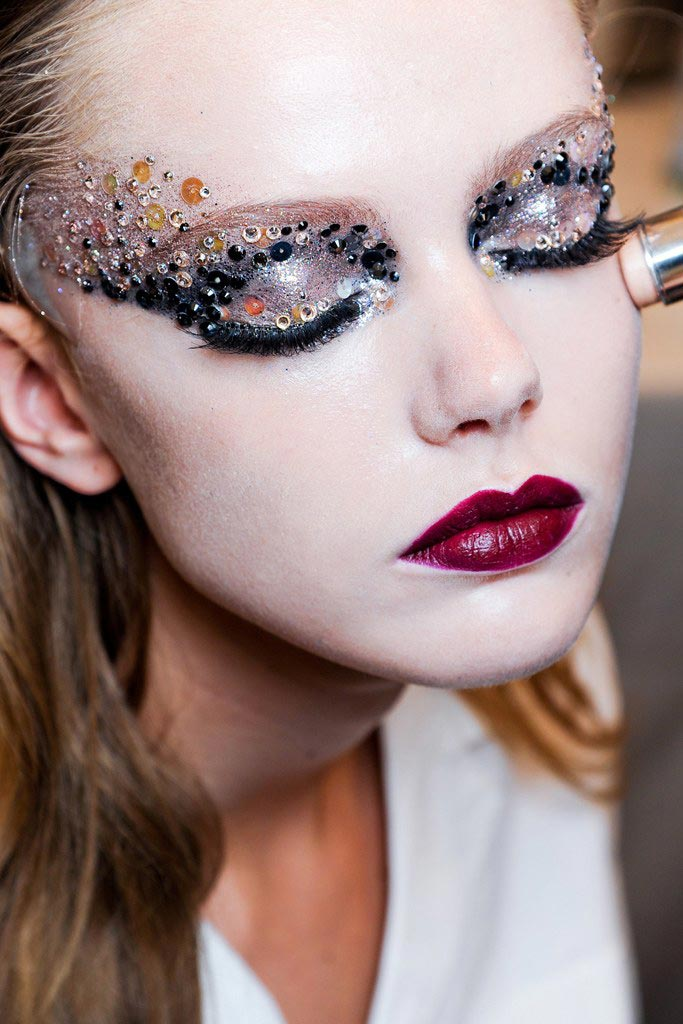 Mercedes Benz Of Westwood >> Runway Beauty: Christian Dior Fall Couture 2011 – Makeup ...