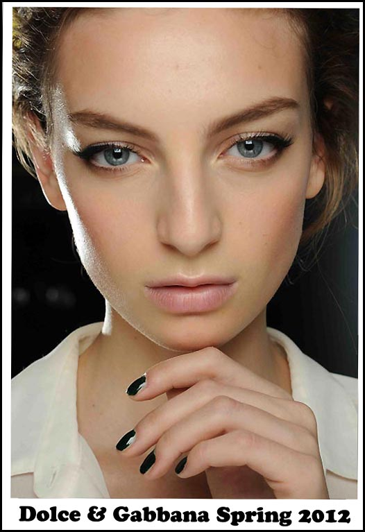 Makeup at Dolce & Gabbana S/S 2012 show at Milan Fashion Week