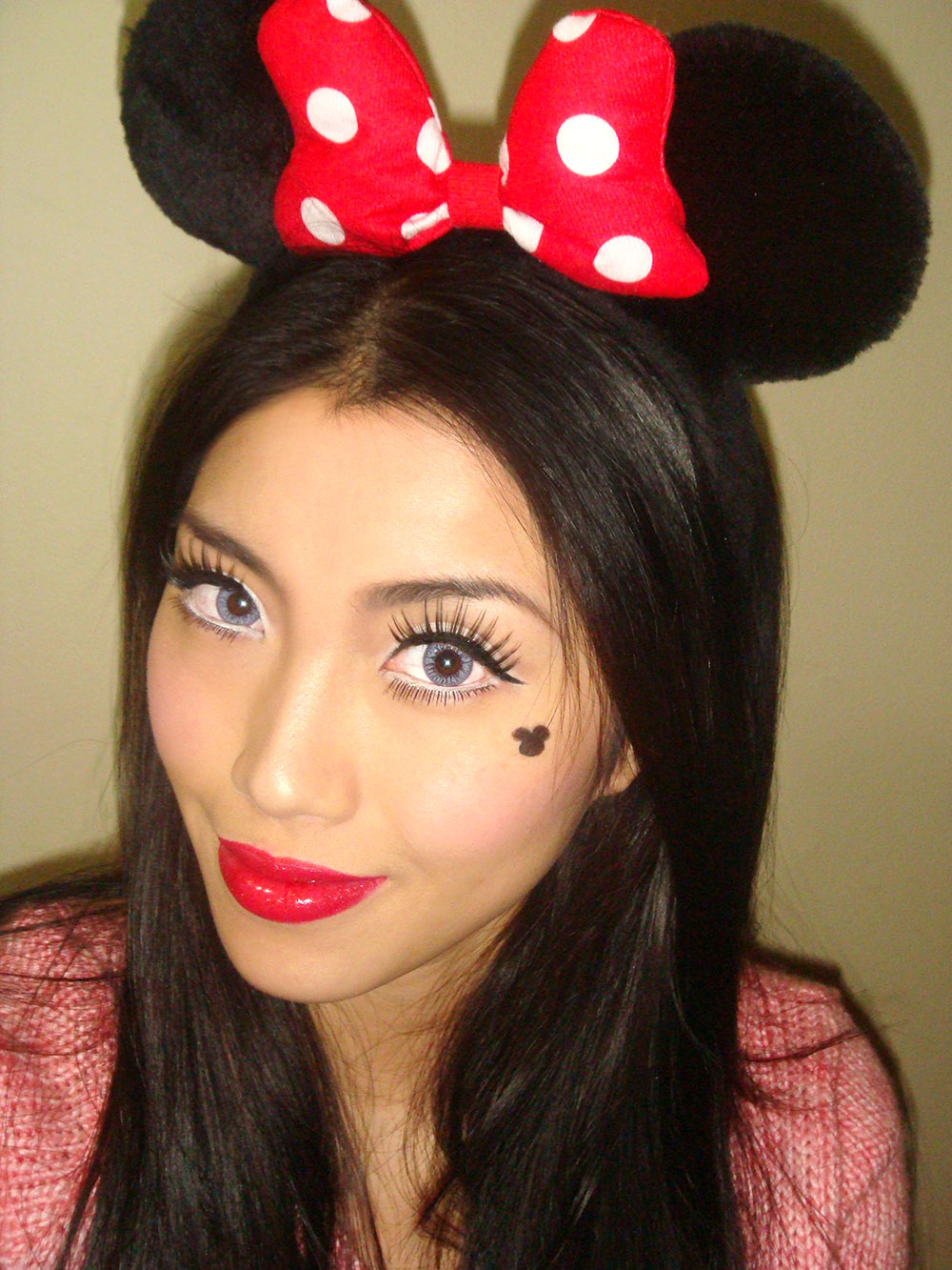 minnie-mouse-makeup-halloween