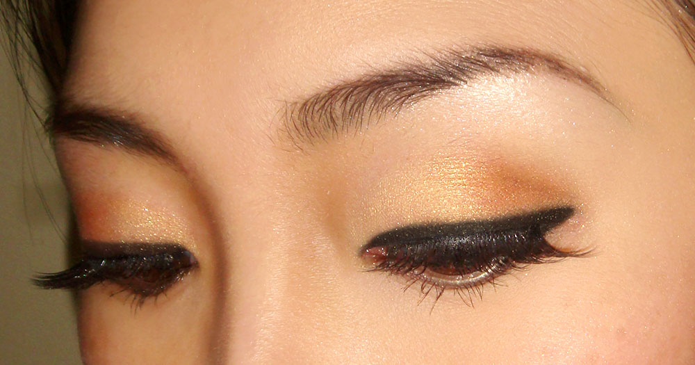 EOTD with Maybelline Give Me Gold Eye Studio Color Plush Silk Eyeshadow