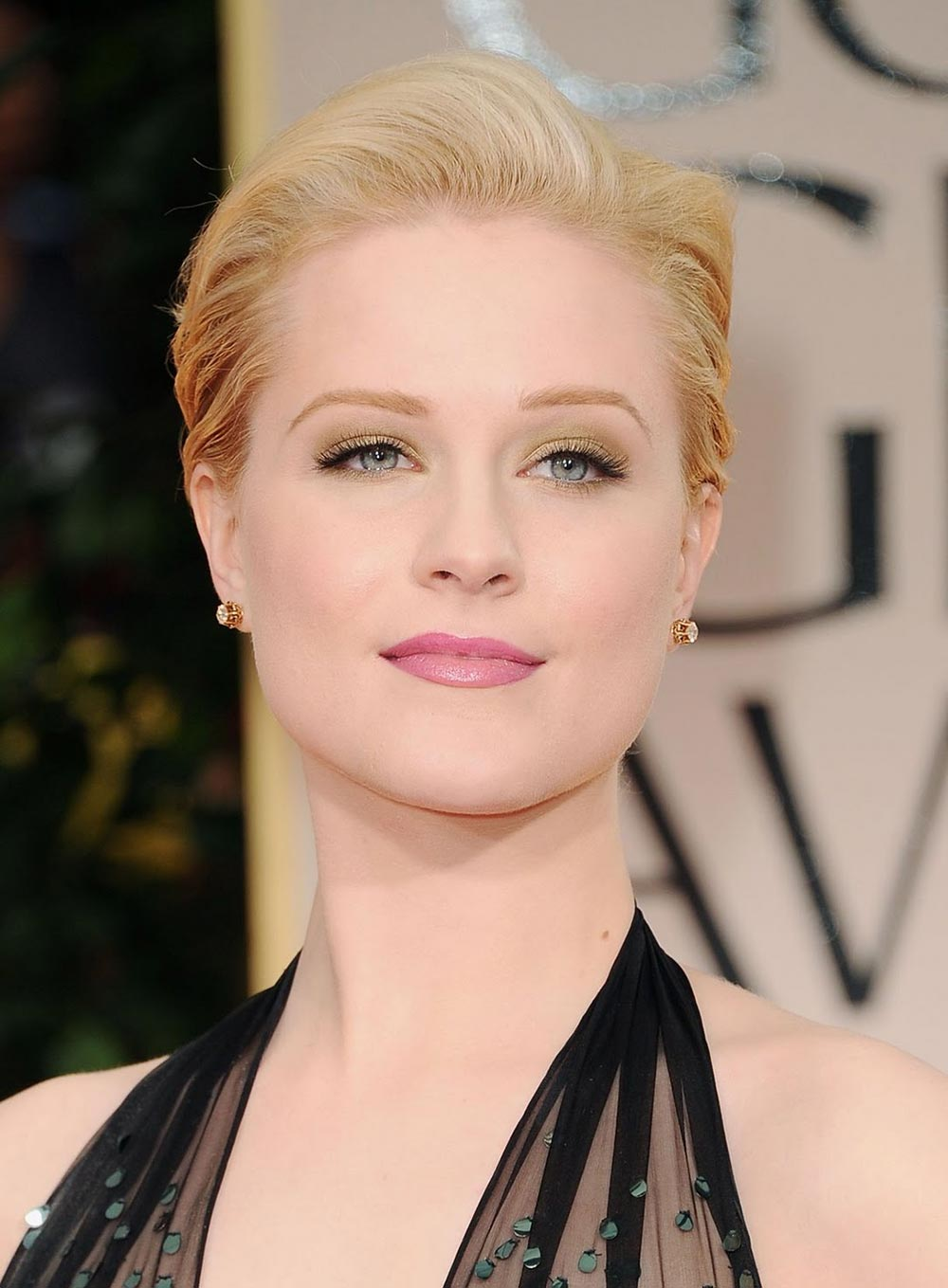Evan Rachel Wood makeup at 2012 Golden Globe Awards