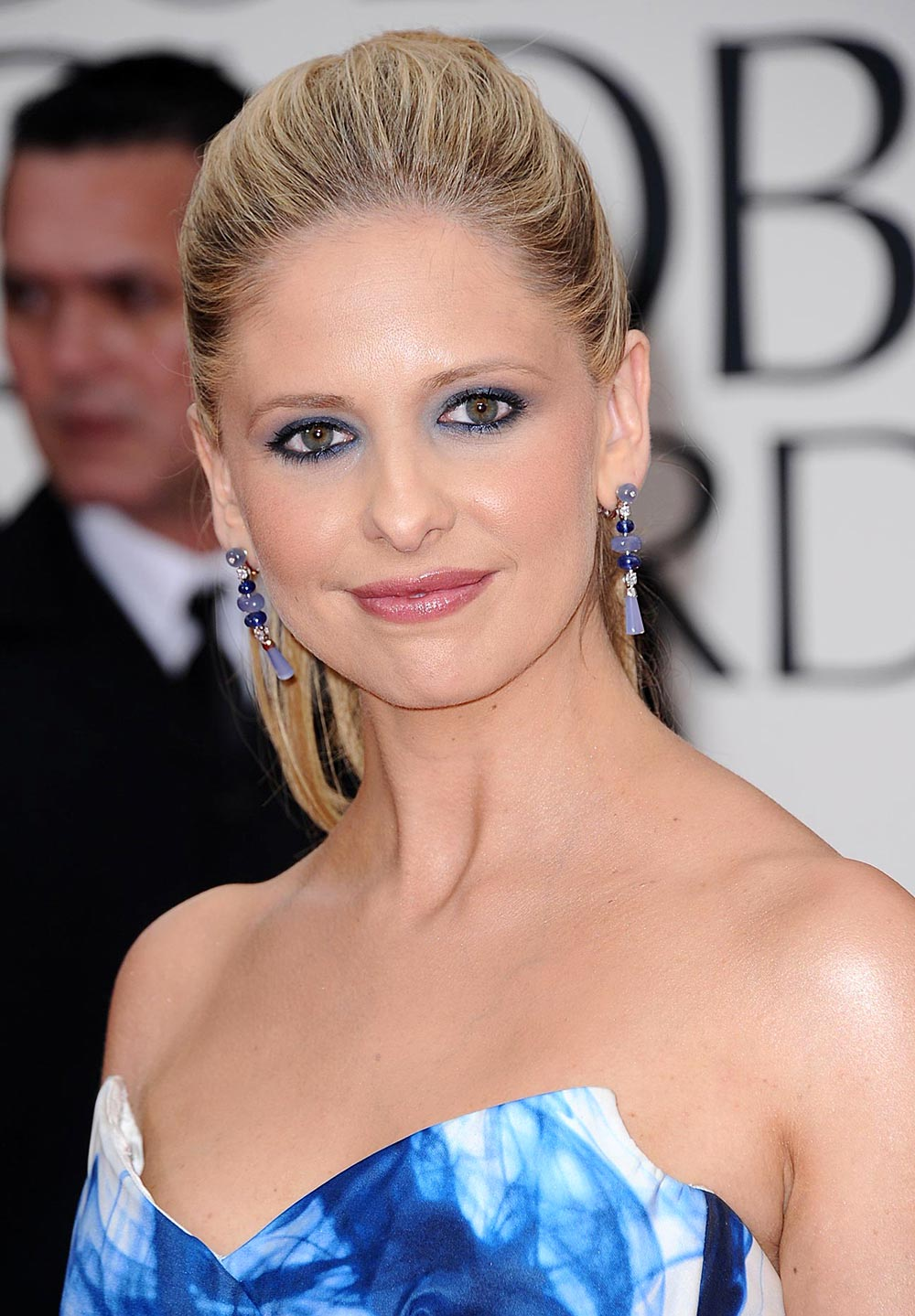 sarah-michelle-gellar-makeup-2012-golden-globes
