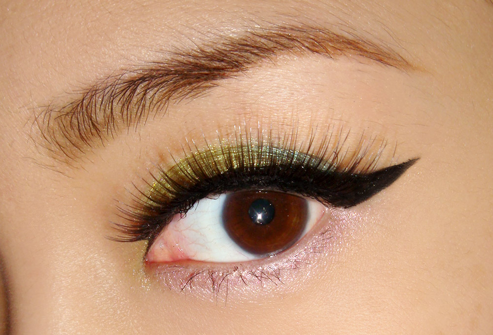 Wearing Dior Garden Pastels eyeshadow palette