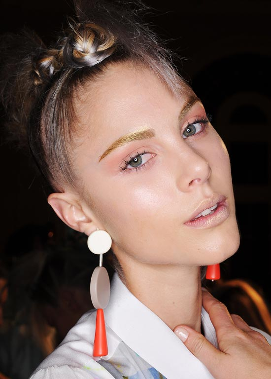 Metallic brows and lips at Ginger and Smart MBFWA Spring 2012/2013