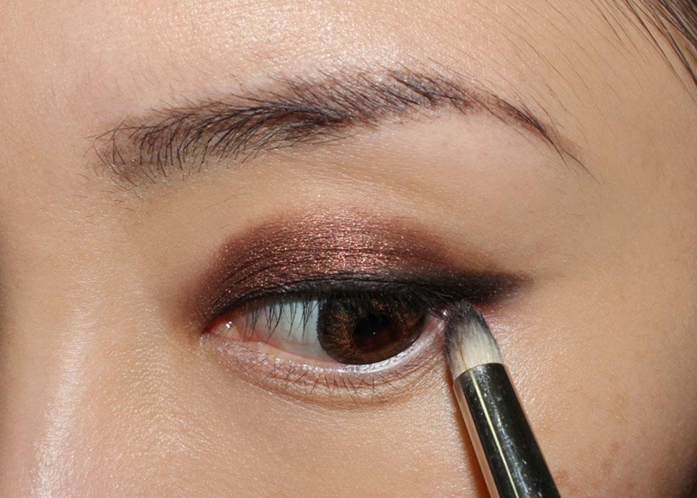 Anastasia Onyx Eyeshadow from She Wears It Well Eyeshadow Palette on lashline