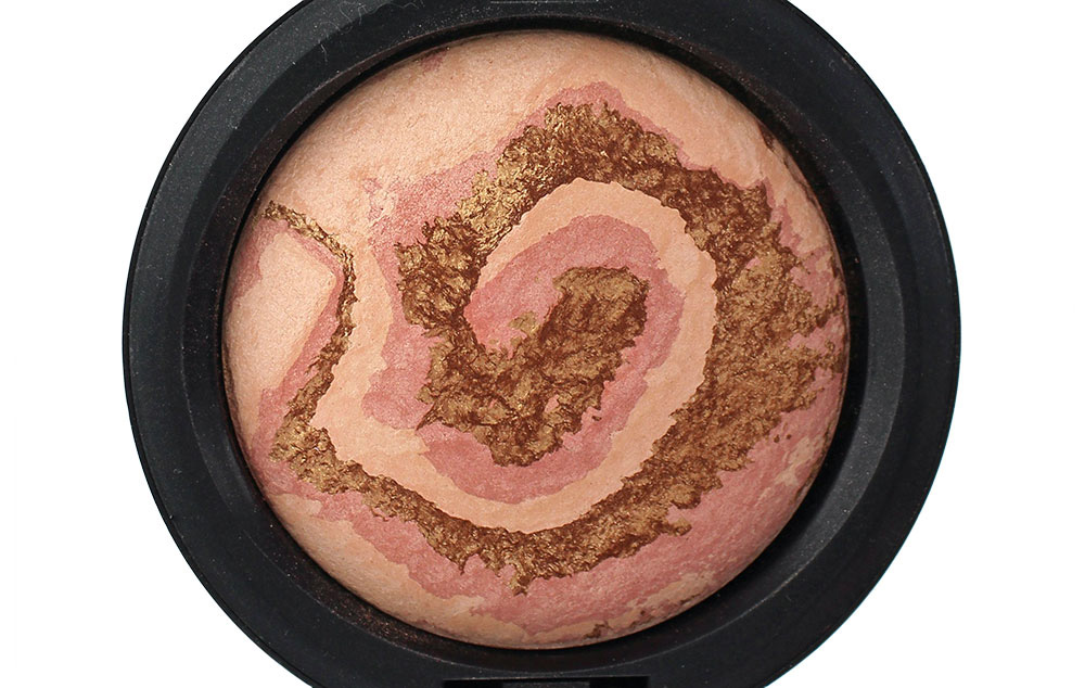 Closeup of MAC Light Year Mineralize Skinfinish