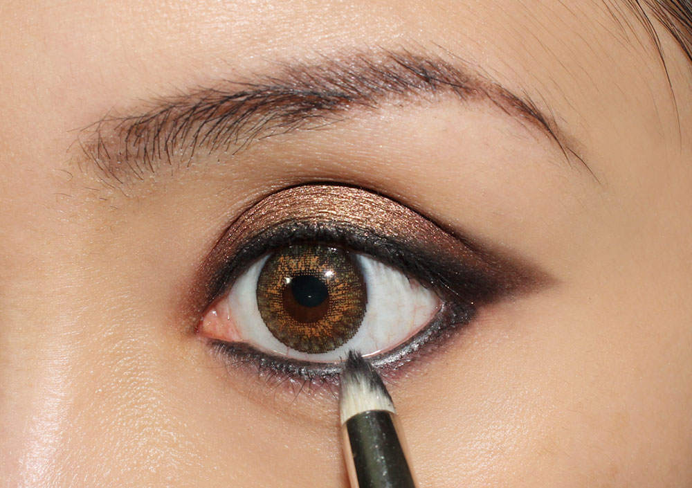 Smoky Eye & Nude Lip Makeup Tutorial step 7