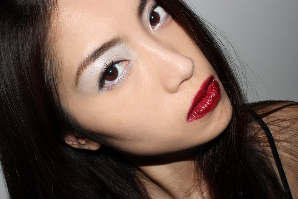 Icy eyeshadow with Dark Glossy Lips