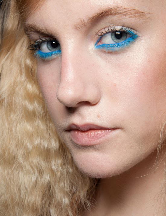 Bright Blue Eyeliner at Moschino Cheap & Chic Spring/Summer 2013