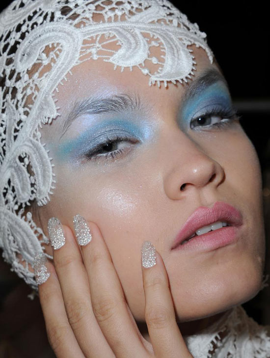 Blue eyeshadow and Bubbly Nails at Joy Cioci Spring/Summer 21013