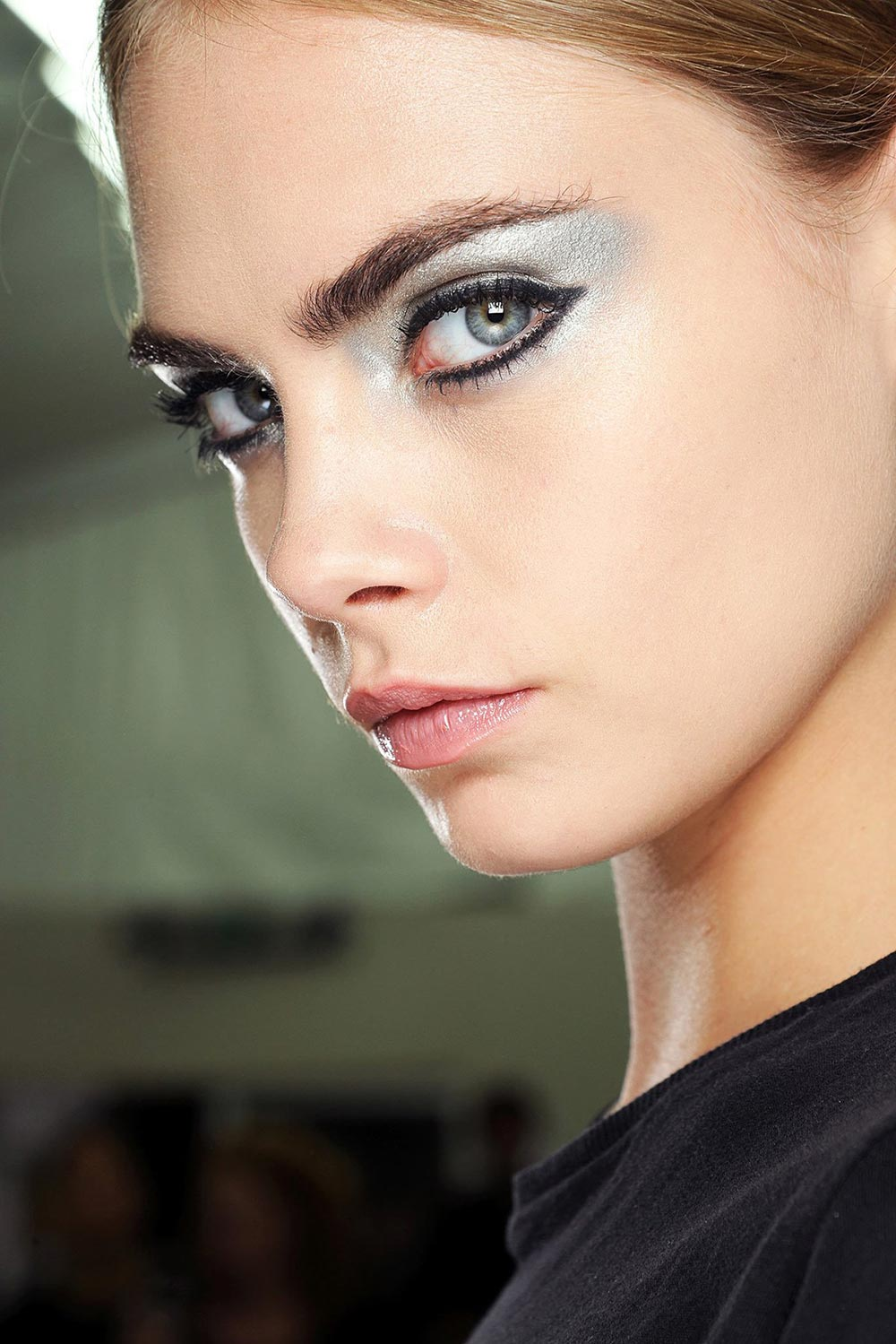 Chanel Spring/Summer 2013 runway beauty look