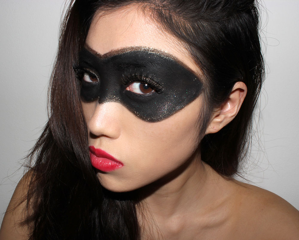Halloween Superhero gold black eye Mask and Red Lips