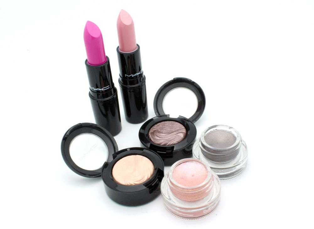 MAC Glamour Daze Collection Reviews