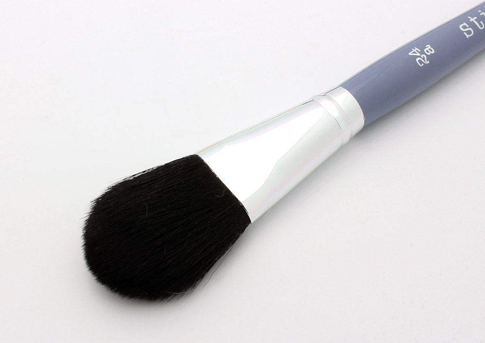 Stila 24a Powder Brush review