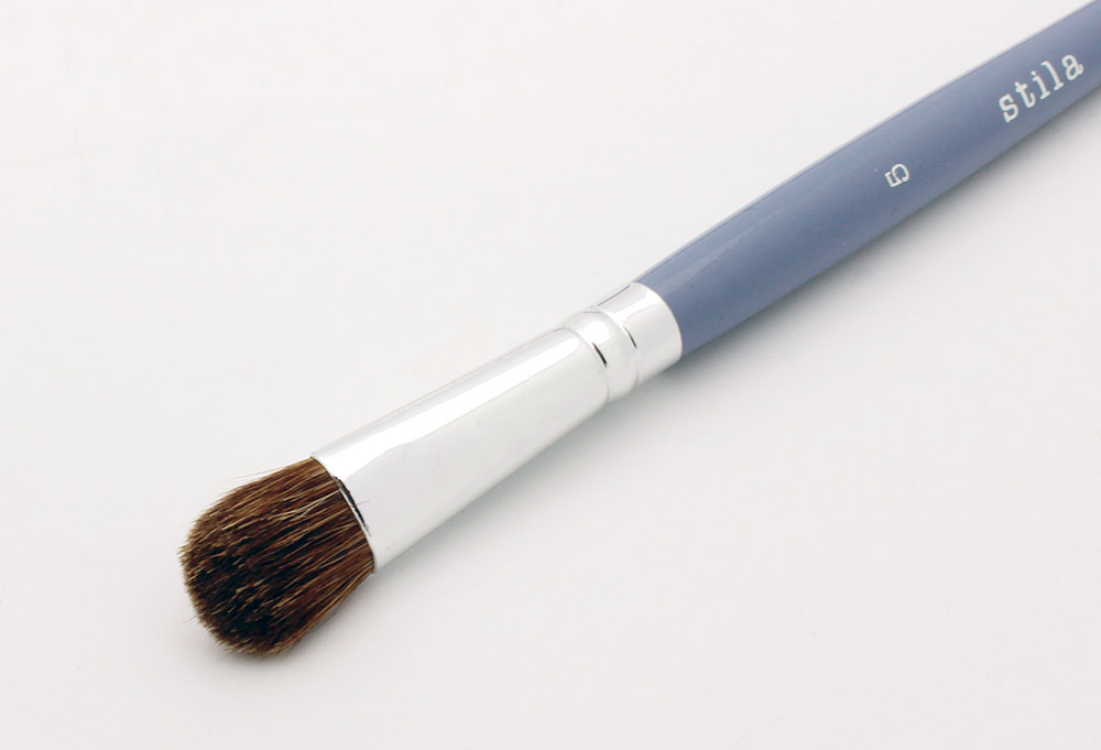 Stila 5 Eyeshadow Brush review