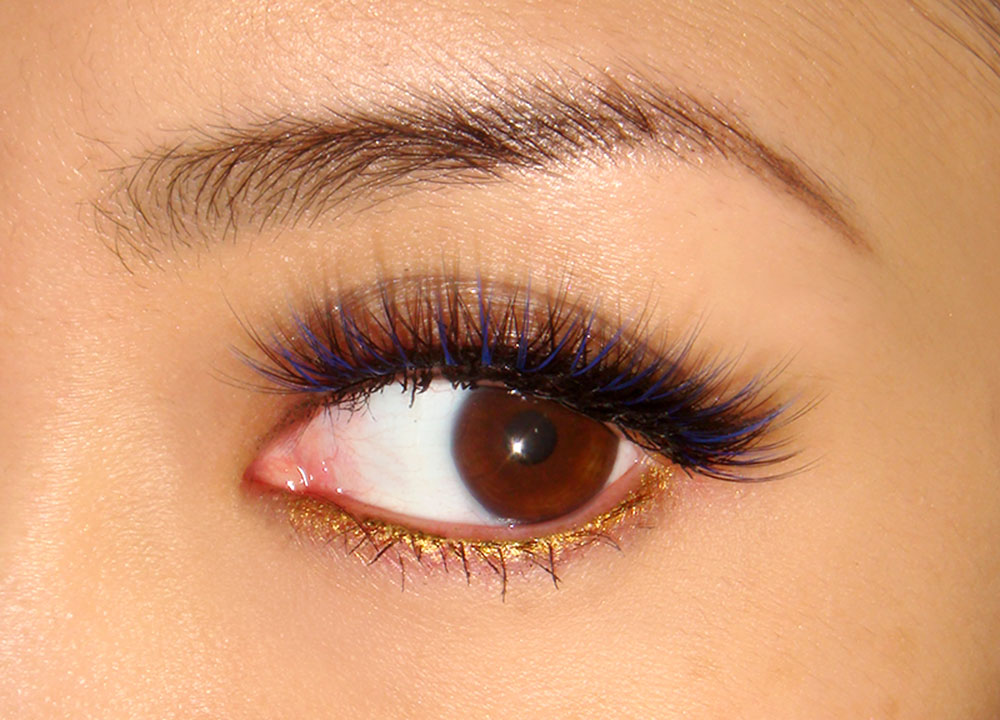 Wearing Katy Perry Make room for Ka-Boom! lashes