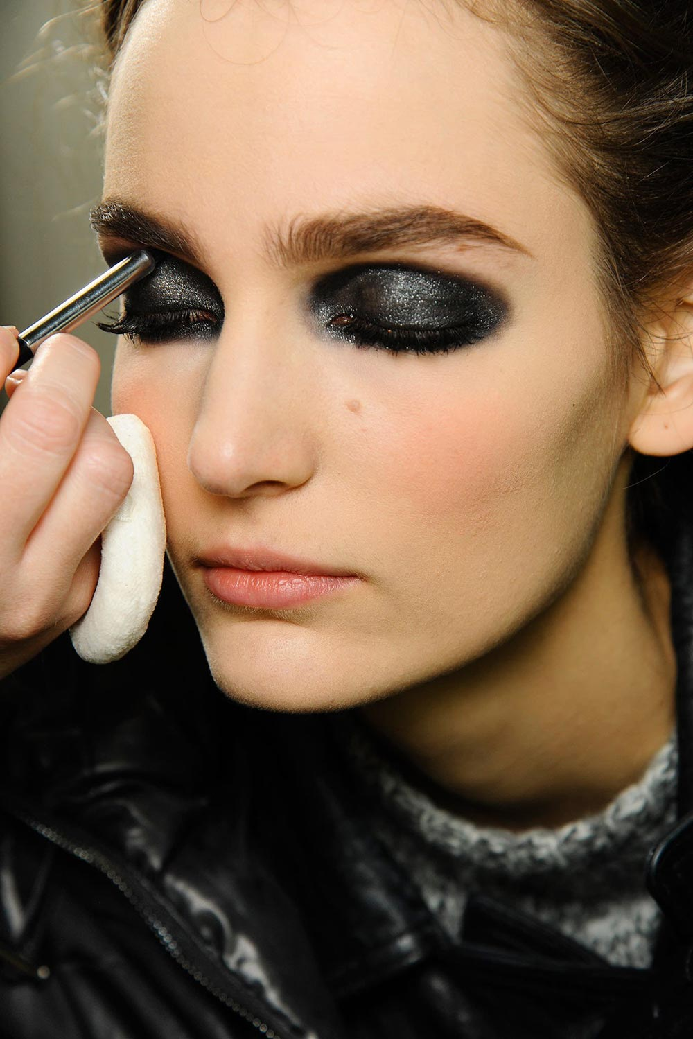 runway beauty gothic smudgy eye at chanel spring 2013