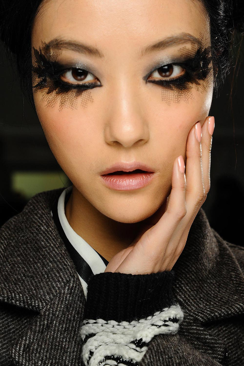 Chanel Spring 2013 Couture makeup and nails