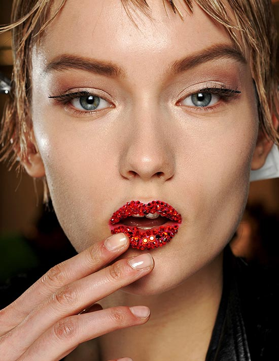 christian-dior-spring-2013-couture-runway-beauty