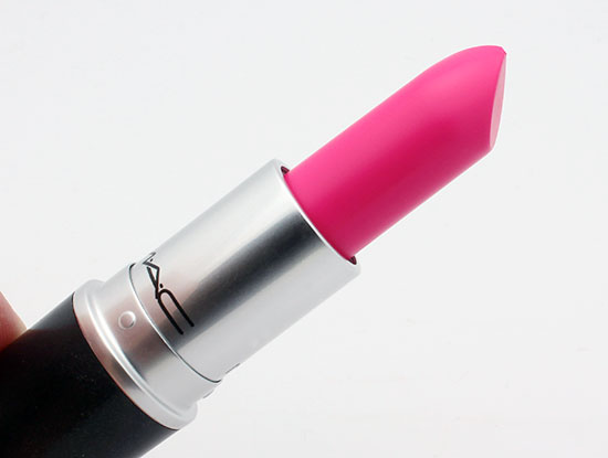 mac-candy-yum-yum-lipstick-closeup