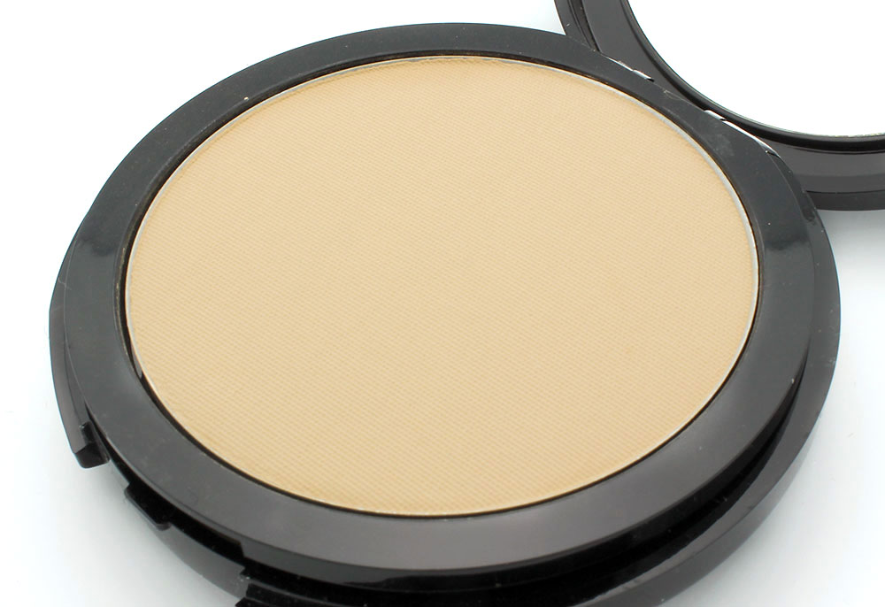 Closeup of Make Up For Ever Pro Finish Multi-Use Powder Foundation in 118 Neutral Beige
