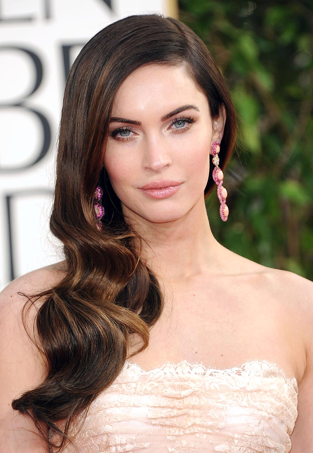 Megan Fox makeup looks at 2013 Golden Globes