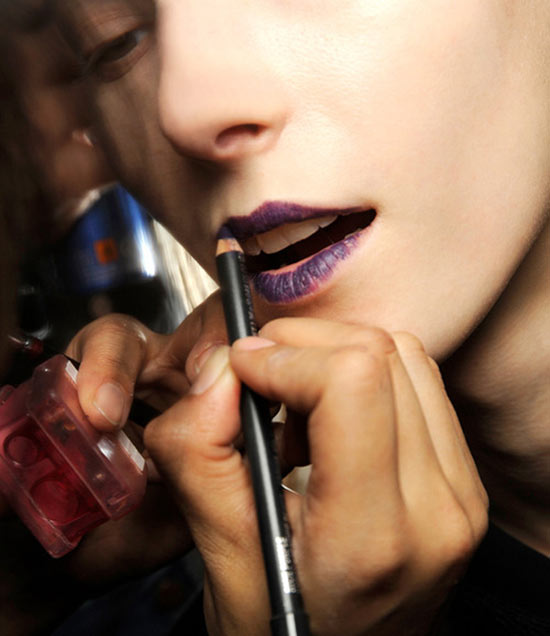 Glossy Purple Lips at Veronique Branquinho Fall 2013