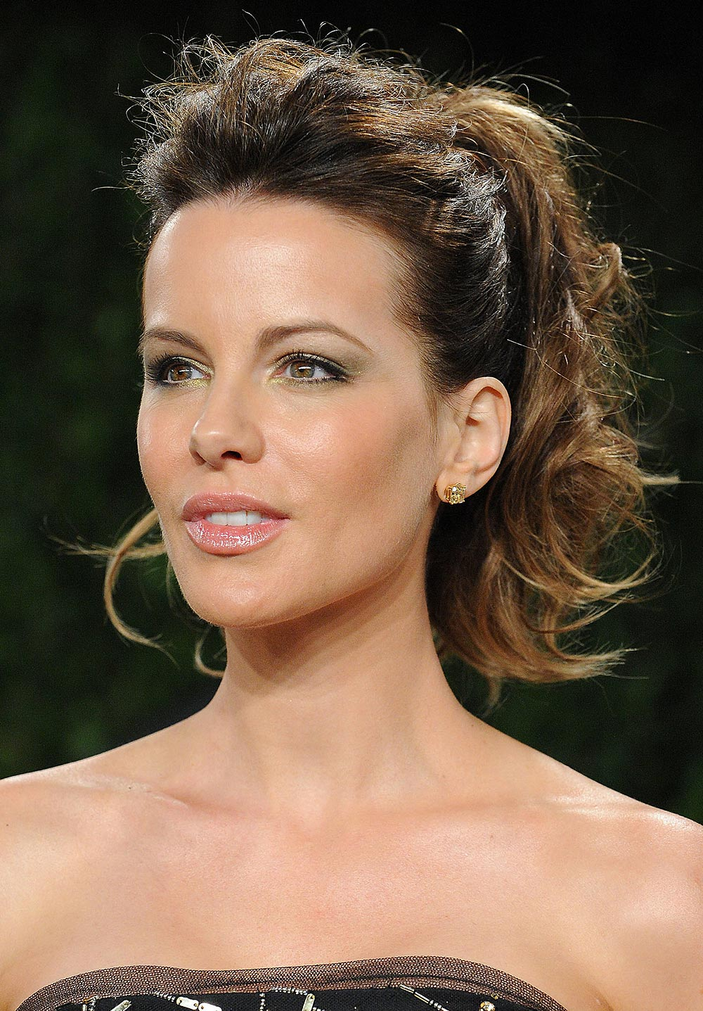Kate Beckinsale Makeup tutorial at 2013 Oscars
