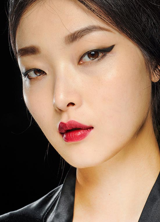 Crimson lips at Dolce & Gabbana A/W 2013