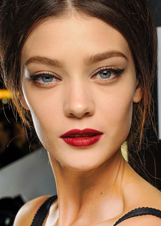 Dolce & Gabbana Fall 2013 runway makeup look
