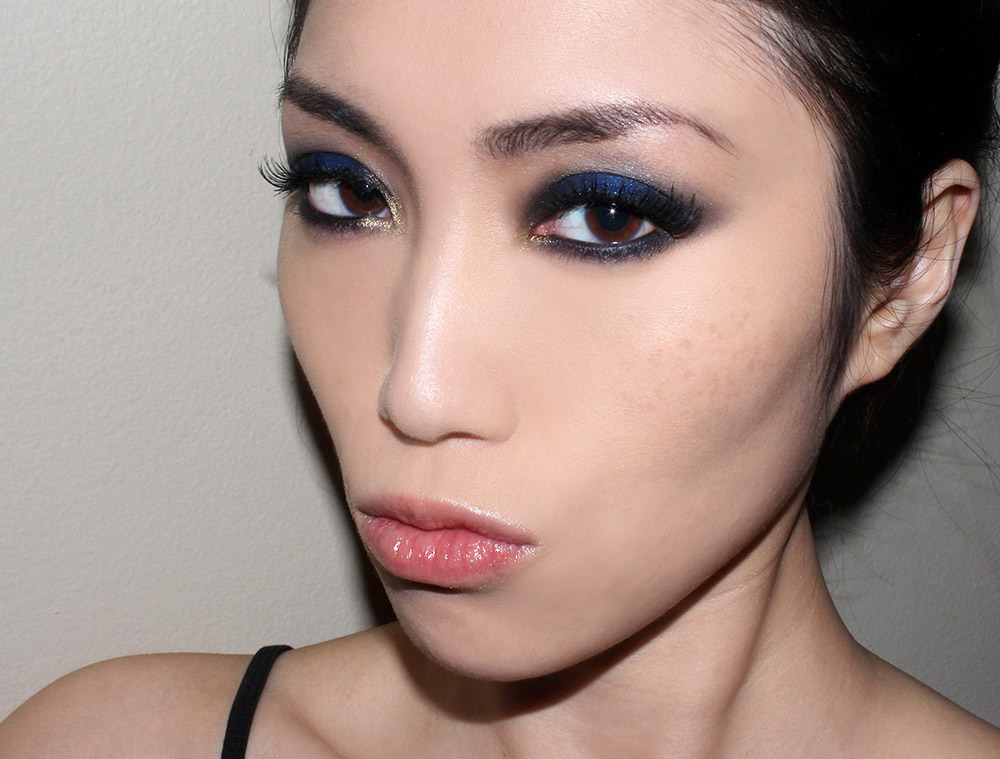 Spring 2013 inspired dramatic blue smoky eye