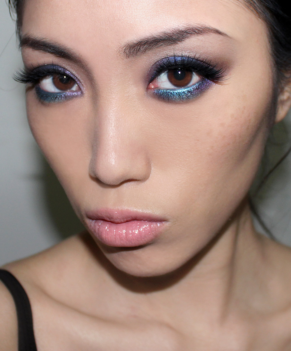 Purple and teal smoky eye makeup look