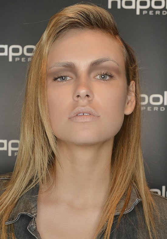 Blocked out brows at Camilla and Marc S/S 2013-2014