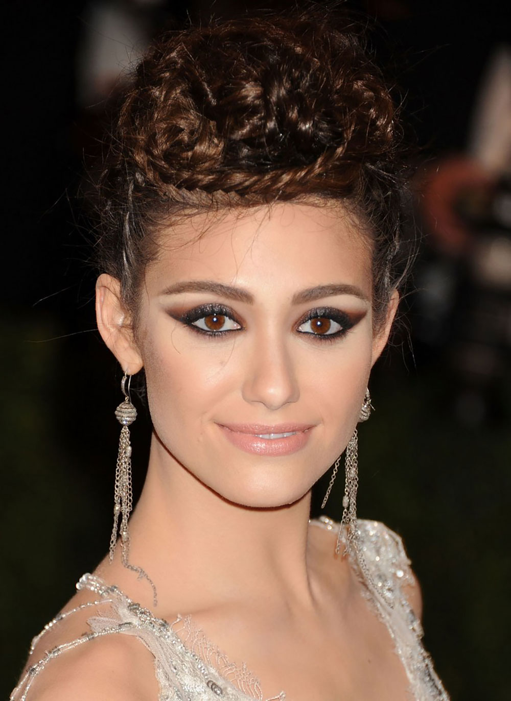 emmy-rossum-smoky-eye-makeup-2013-met-gala