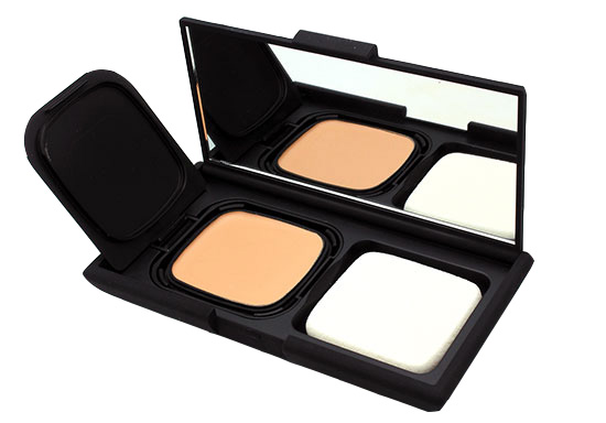 NARS Radiant Cream Compact Foundation review