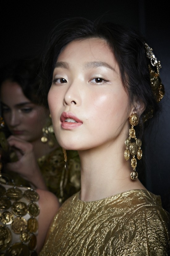Backstage makeup at Dolce & Gabbana Spring 2014