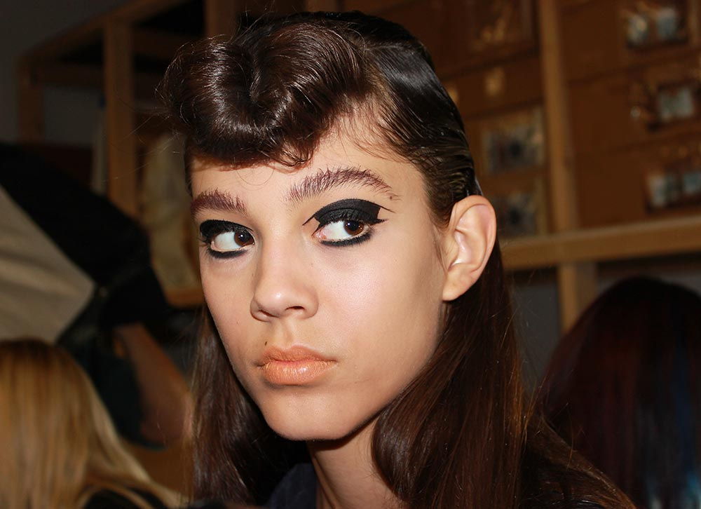 Hache Spring 2014 runway beauty