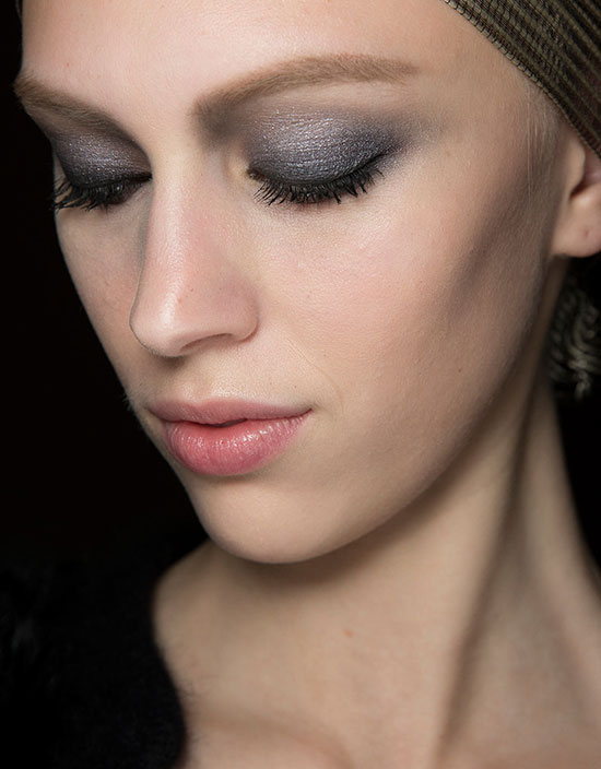 Smoky eyes at Armani Prive Spring 2014 Couture