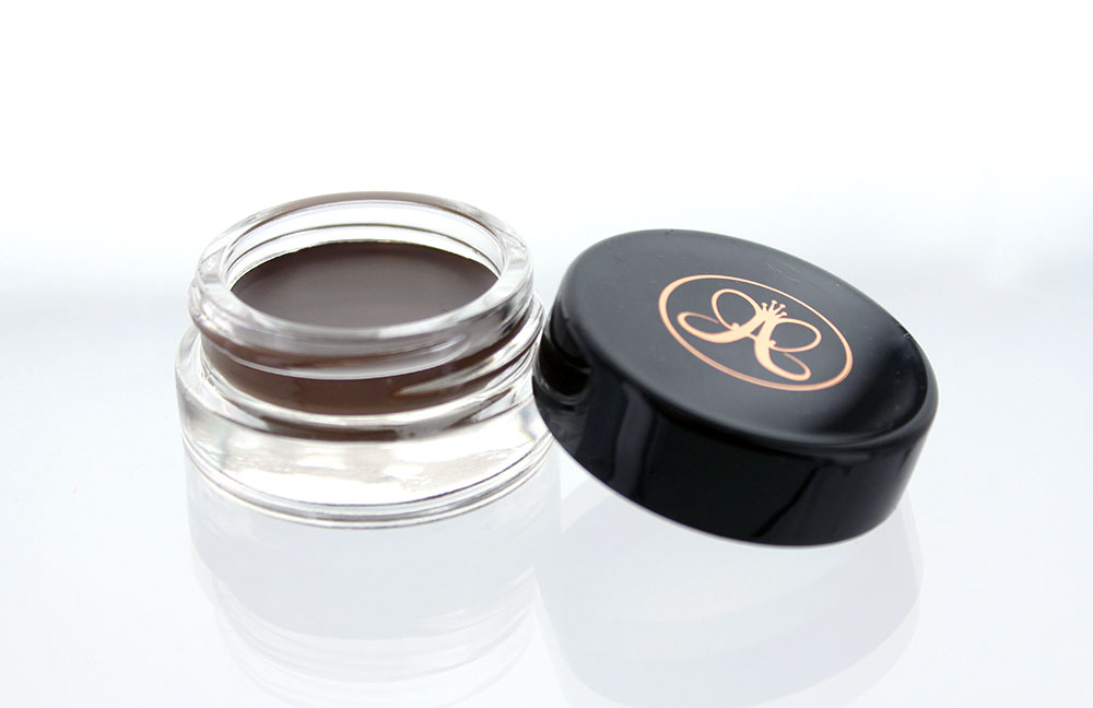 anastasia-dipbrow-pomade-dark-brown-review