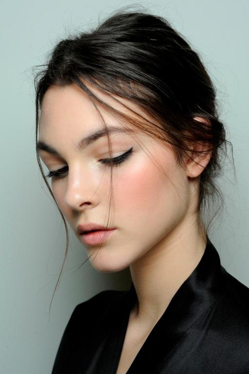 Dolce & Gabbana A/W '14 backstage makeup