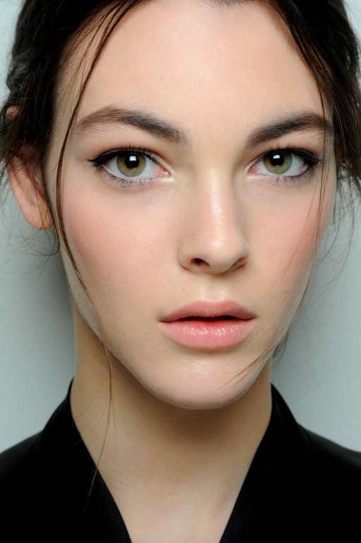 Dolce & Gabbana A/W '14 runway beauty
