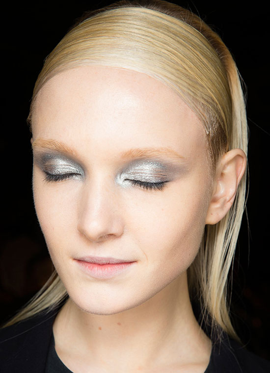 Glossy platinum eye at Donna Karan A/W '14