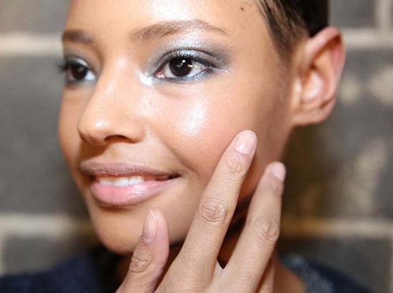 nude manicure at Donna Karan A/W '14