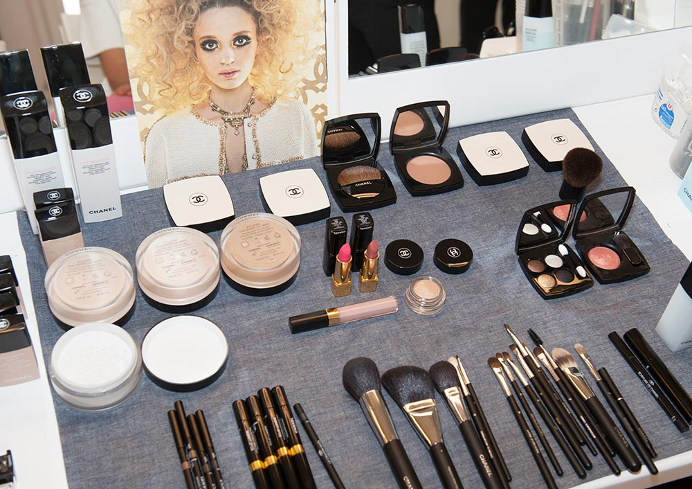 Chanel Resort 2015 backstage makeup