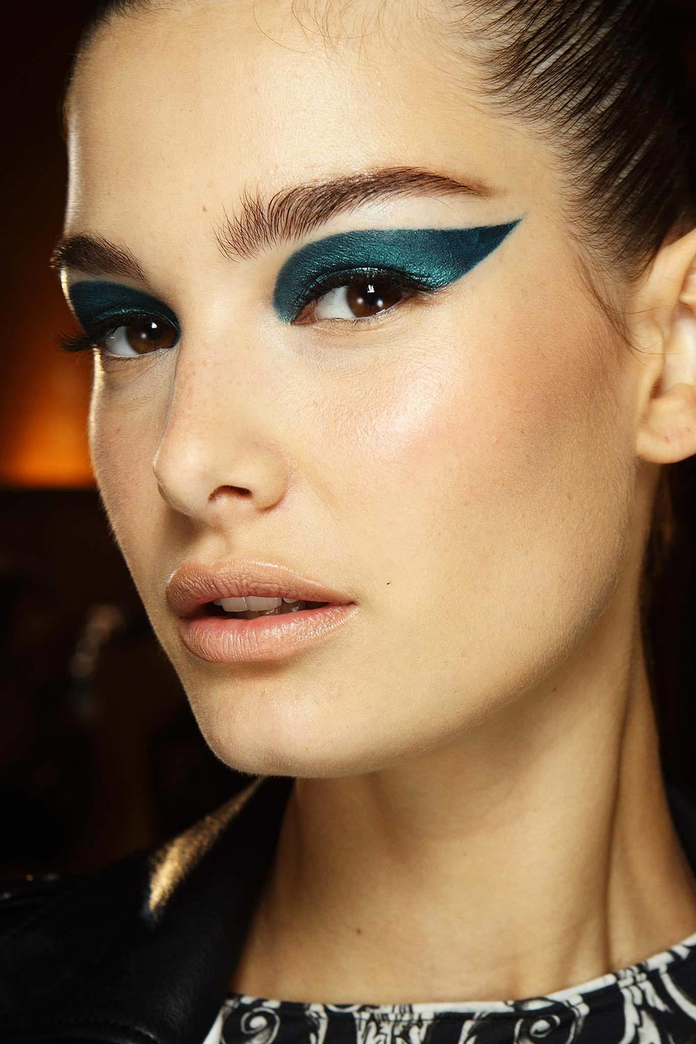 Atelier Versace Fall 2014 Couture runway beauty